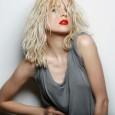 Une Bombe ! L''actrice devenue chanteuse à la Blondie, ressort son premier album réussi avec des inédits, ses titres en version exclusive et des reprises ! Elle a d'ailleurs fait […]