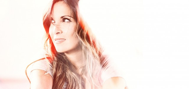 Hélène Ségara revient sur les ondes avec «Genre humain», co-écrit avec Zazie et composé par Mathieu Lecat. Deuxième single extrait de son nouvel album Tout commence aujourd'hui, il est l'occasion […]