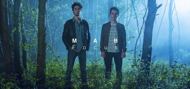 Les fratries dans l'univers musical ne sont pas rares mais les frères Mabilat se distinguent en reprenant et réécrivant des grands standars connus de tous. Une recette poétique qu'ils affectionnent […]