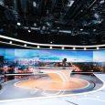 C'est ce lundi 27 août que vous pourrez découvrir le nouveau décor du JT de TF1. Exit l'immense table avec son présentateur au milieu… La nouveauté, c'est une table modulable […]