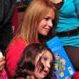 Le 10 décembre dernier, Séverine ferrer nous donnait rendez-vous au Carré d'encre. Entourée de quelques enfants, elle a joué « la mère noël » en leur racontant de merveilleuses histoires qui font le bonheur des petits et grands.